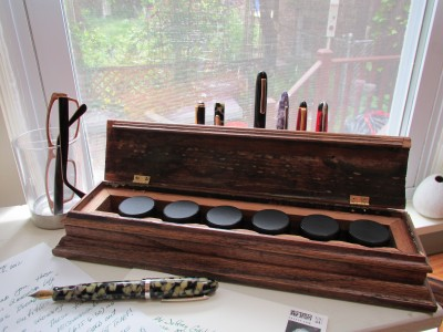 My Style: Custom Fountain Pens, Handmade Ink Box and Vertical Stand (2/4)